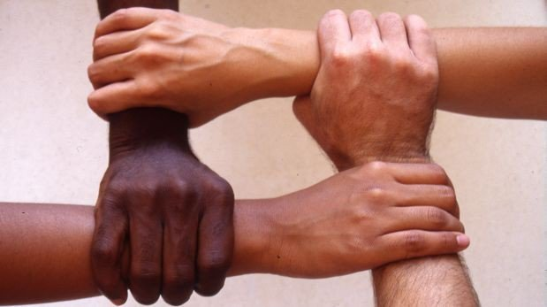 Lesbiana negra de colombia follando muy duro su novia blanca - 3 3